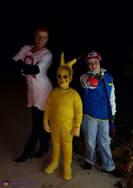 Team Pokemon Costume
