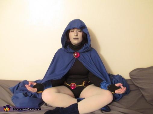 Raven Meditating, Teen Titans Raven Costume