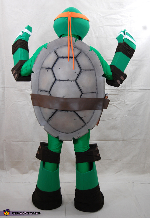 Back view of the shell, Teenage Mutant Ninja Turtle Michelangelo Costume