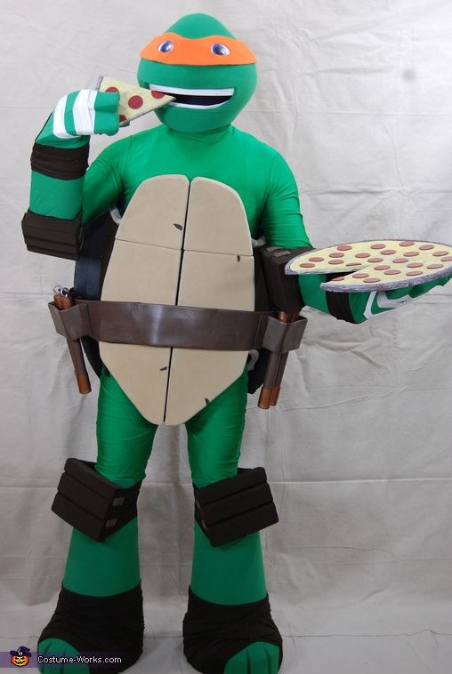 Mikey enjoying a slice ... then the entire pie, Teenage Mutant Ninja Turtle Michelangelo Costume