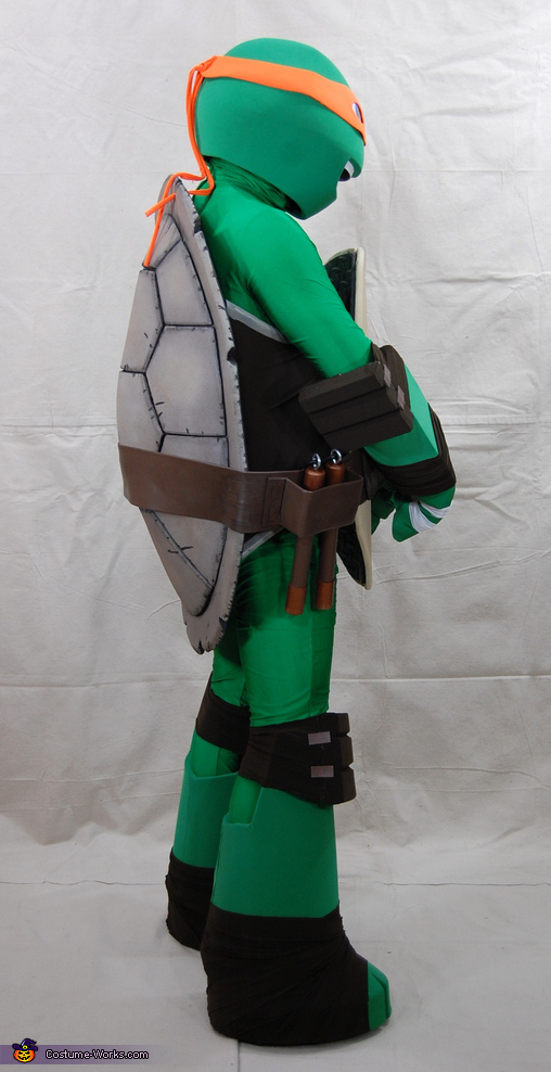 Side view, Teenage Mutant Ninja Turtle Michelangelo Costume