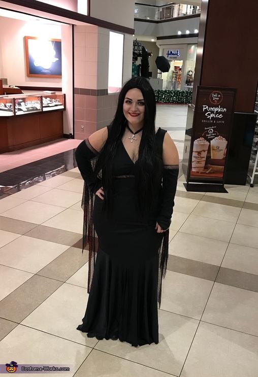 Morticia, The Addams Family Costume