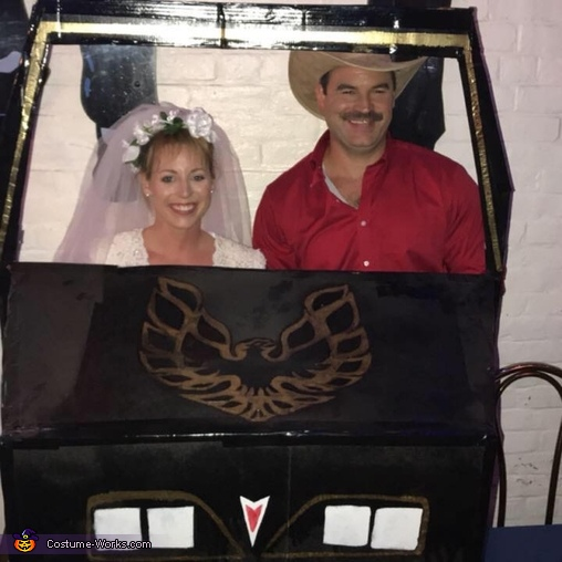 The Bandit and Carrie (Smokey and the Bandit) Costume