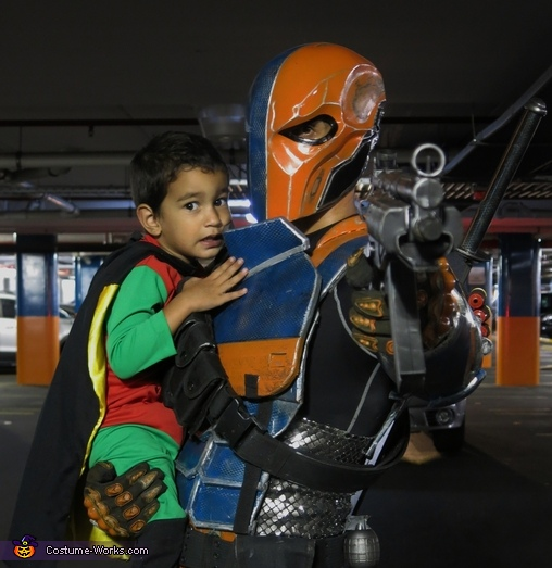 Deathstroke, The Bat Family Costume