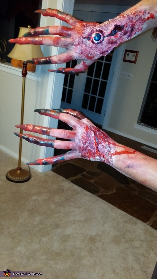 The hands of the beast, The Beast Costume