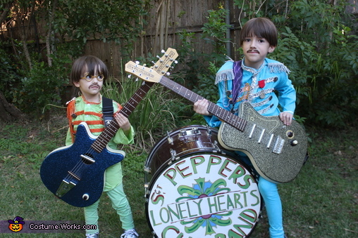 Sgt Pepper's Lonely Hearts Club Band, The Beatles Sgt Pepper Costume