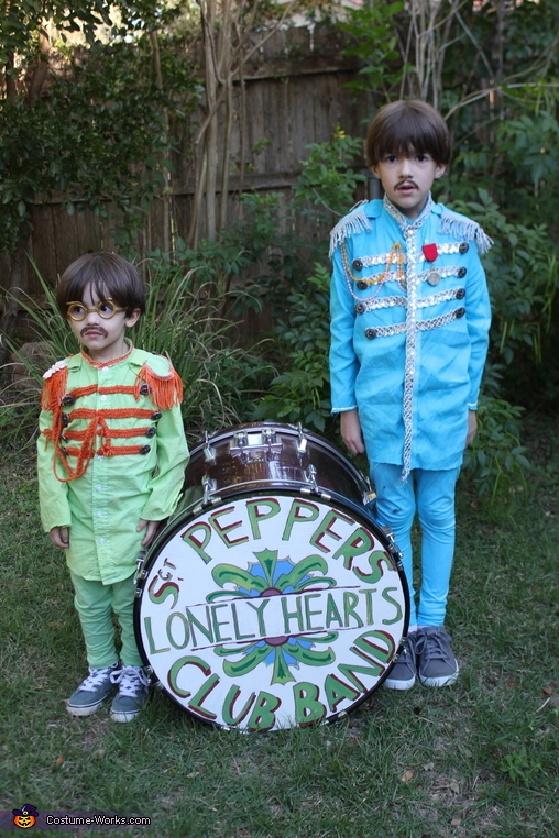 The Beatles in character, The Beatles Sgt Pepper Costume