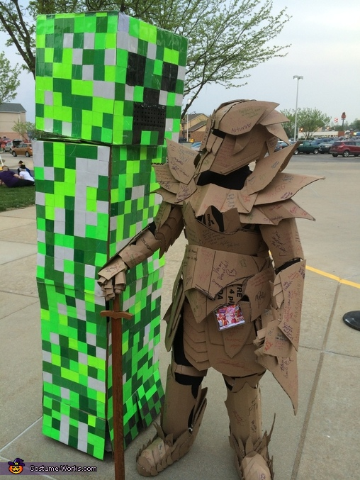 I met another person in a cardboard costume!, The Cardboard Warrior Costume