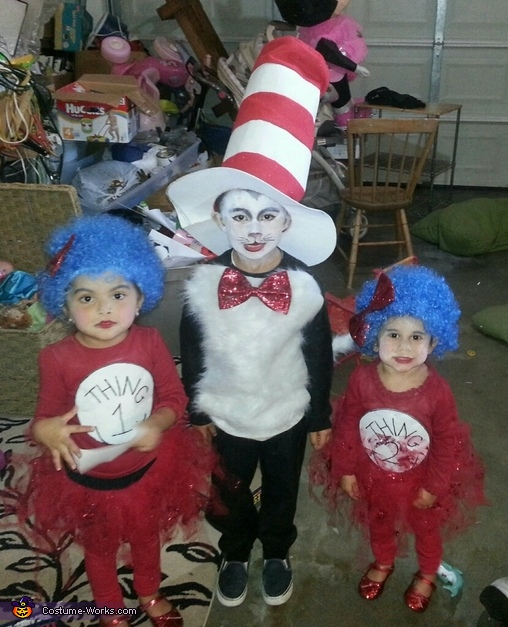 The Cat in the Hat with Thing1 and Thing2 Costume