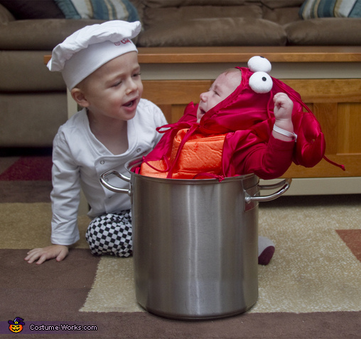 The Chef and The Lobster - Homemade costumes for kids
