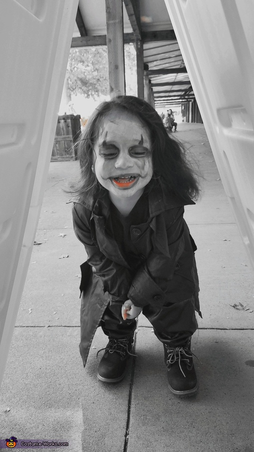 Let's Play a Game., The Crow Costume