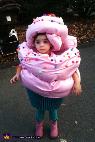 The Cupcake! - Homemade costumes for kids