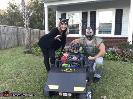 The Dark Knight Family Costume