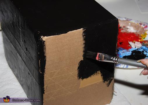 Making the Black Box, The Dog Claw Machine Costume