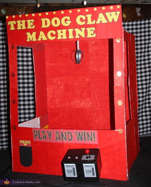 The Claw Machine, The Dog Claw Machine Costume