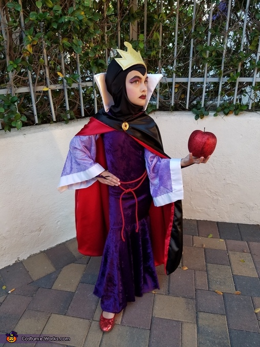 Apple anyone?, The Evil Queen Costume