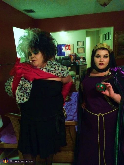 The Evil Queen (right), The Evil Queen and Twisty the Clown Costume