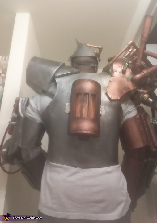 Tinmans Furnace on back, The Evil Tinman Costume