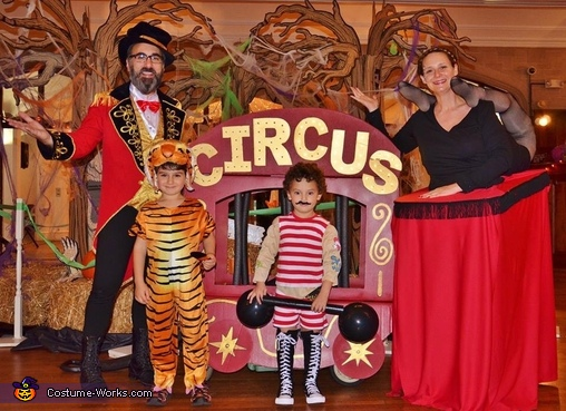 The Family Circus Costume