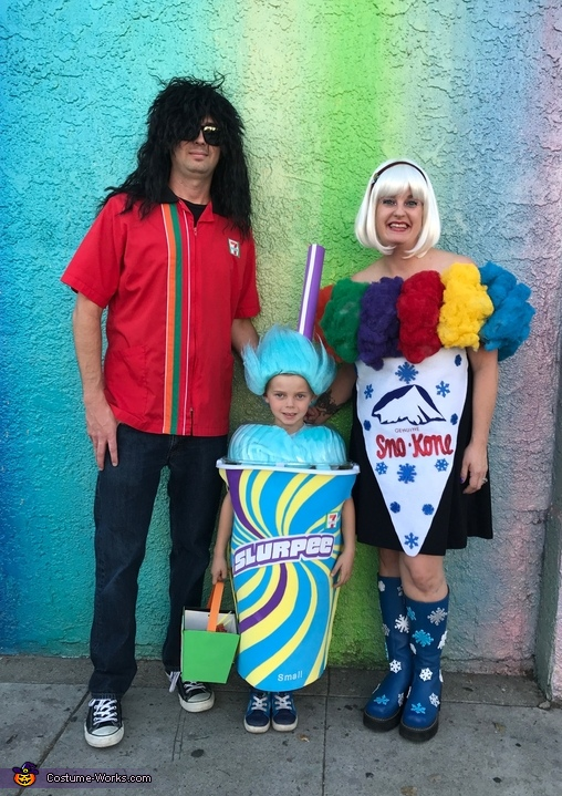 The Family that Chills! Costume