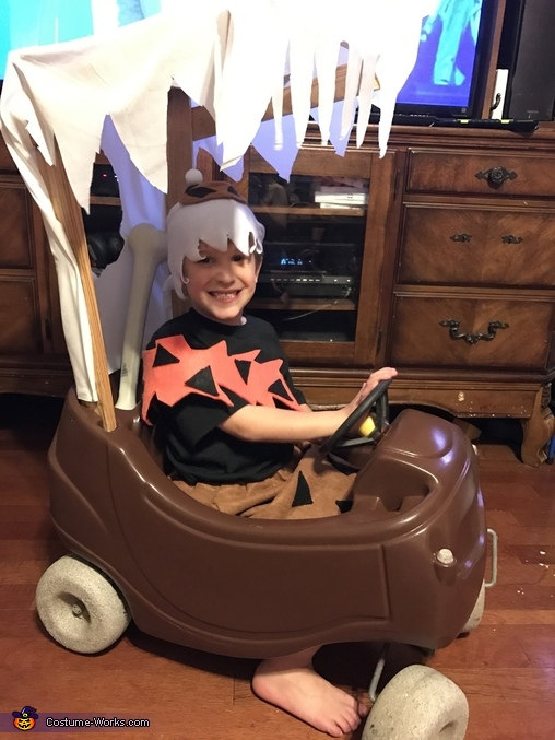 The car was made but Fred wound not fit inside, The Flintstones Family Costumes