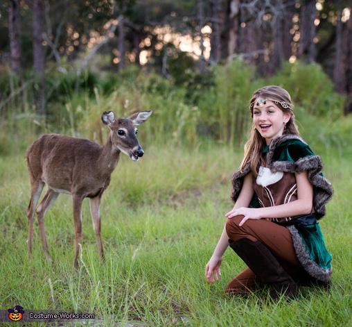 The Friendly Hunter, The Friendly Hunter Costume