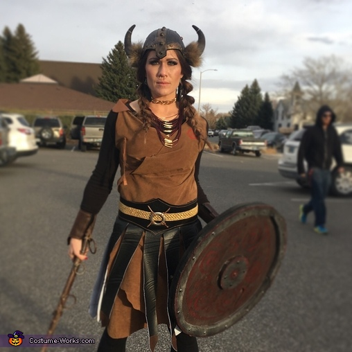 Mamma Bear, The Grant Viking Family Costume