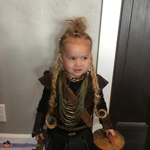 The boss, The Grant Viking Family Costume
