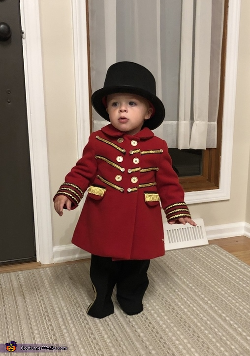 The Greatest Showman Ringmaster Costume