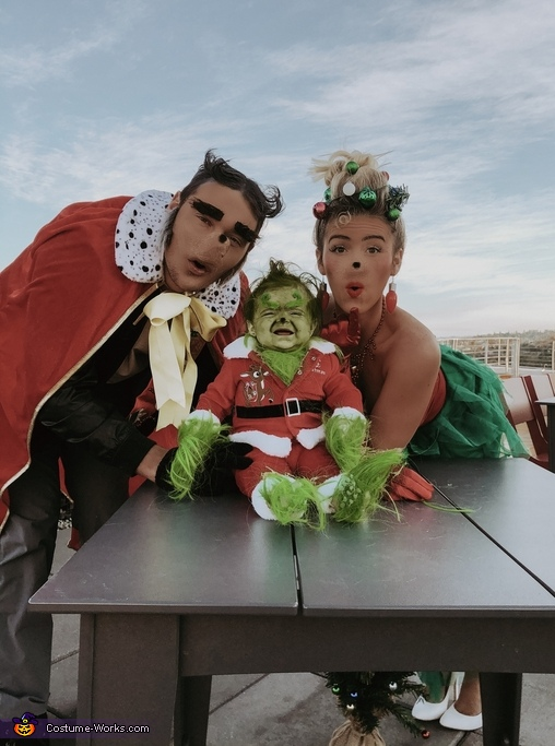 The Grinch - Whoville Costume