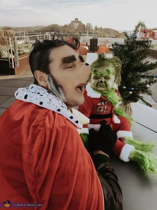 THE MAYOR & THE GRINCH, The Grinch - Whoville Costume