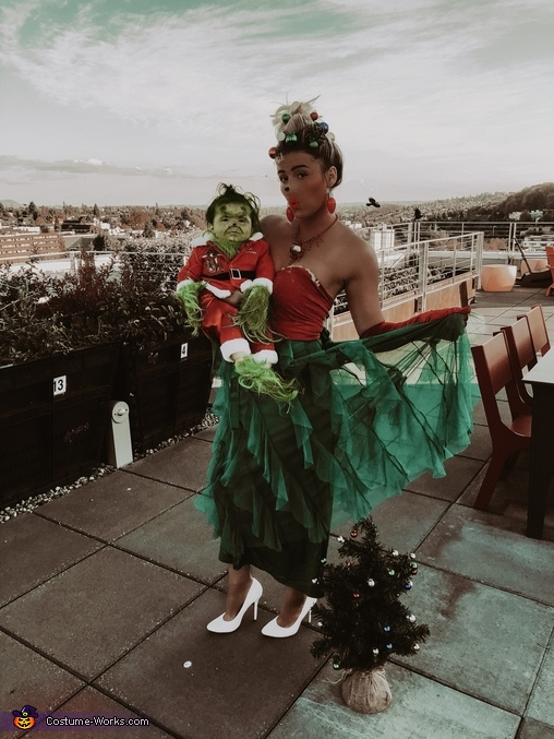 WHOOOOVILLE, The Grinch - Whoville Costume
