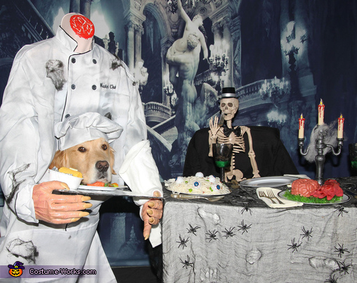 The Headless Chef Serving Dinner, The Headless Help in the Haunted Mansion Costume