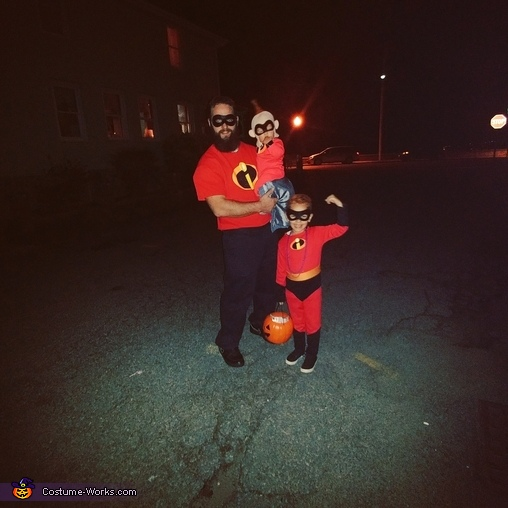 The Incredible boys, The Incredibles Costume