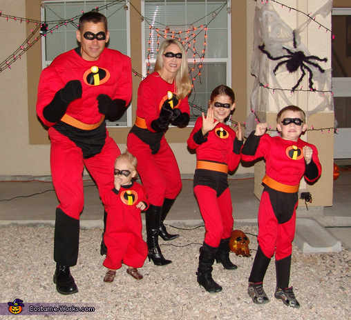 The Incredibles Family Costume & The Incredibles Movie Family Costume Idea