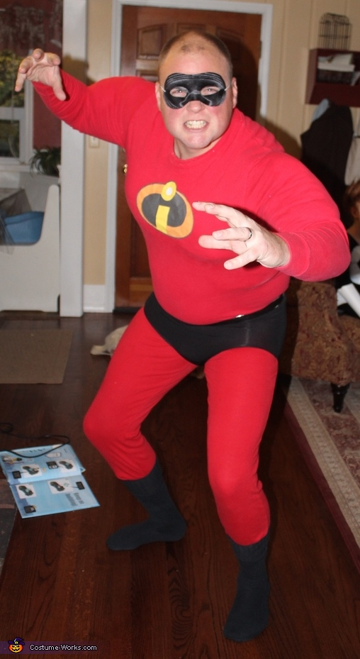 Mr. Incredible, The Incredibles Family Costume