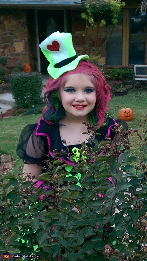 Adorable Mad Hatter , The Lady Mad Hatter Costume