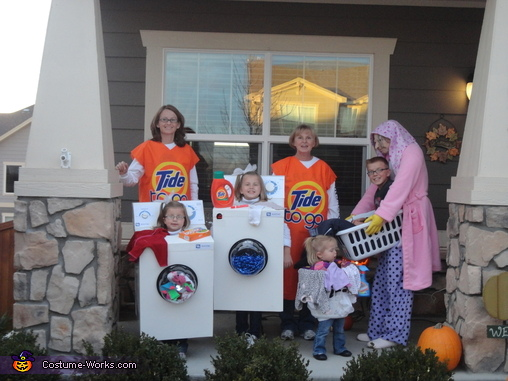 The laundry crew standing together., The Laundry Crew Costume