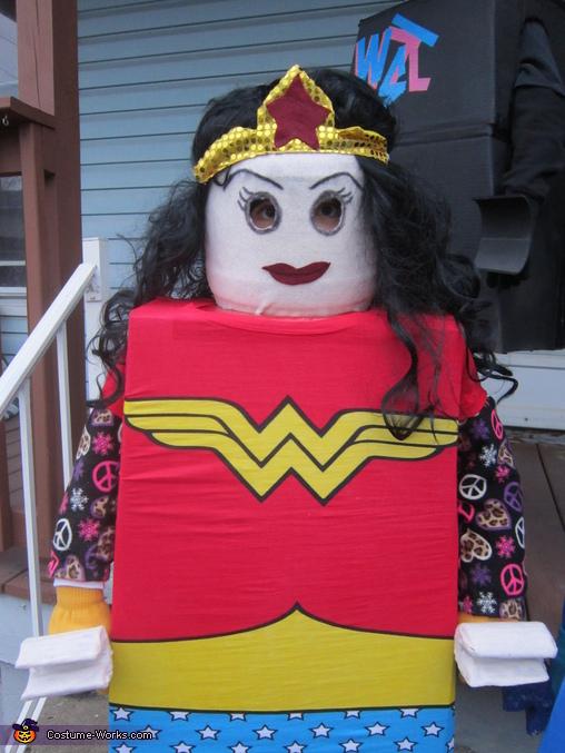 Wonderwoman, The Lego Movie Family Costume