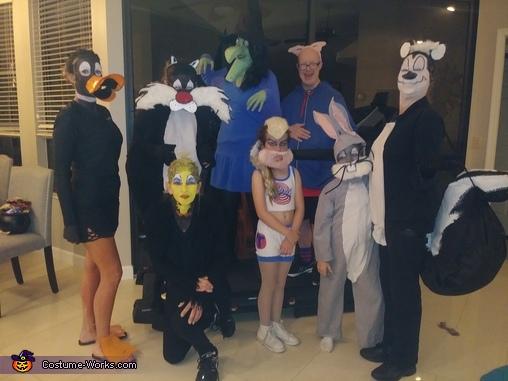 The Looney Tunes Homemade Costume
