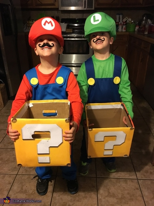 Mario and Luigi, The Mario Kart Gang Costume