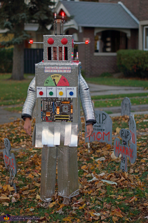 Patrolling the graveyard, The Mayan Robot Costume