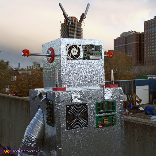 Keeping cool, The Mayan Robot Costume