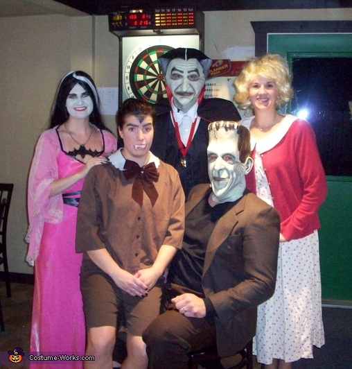 The Munsters Family - Homemade costumes for families
