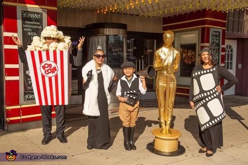 The Oscars Family Costume