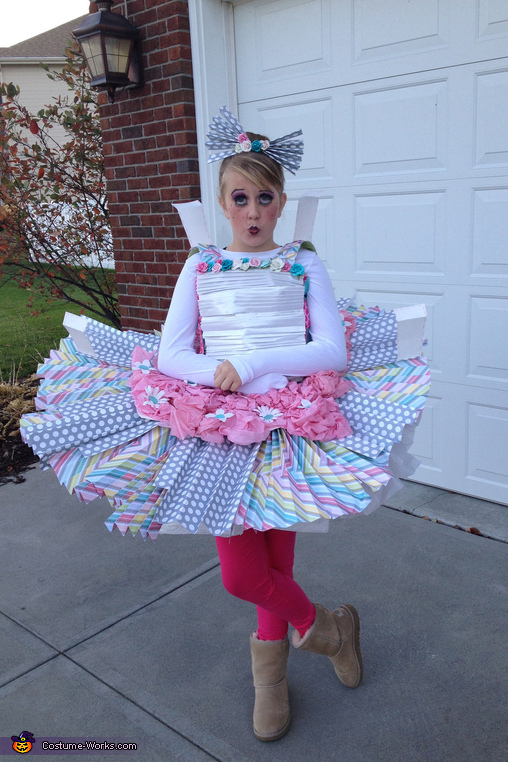 The Paper Doll - Homemade costumes for girls