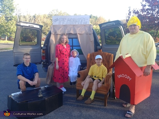 The Peanuts Homemade Costume