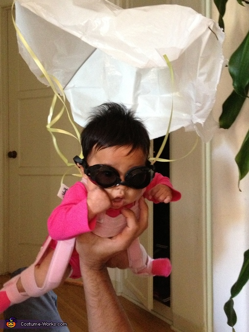 Now THIS is freefalling with STYLE., The Pink Skydiver Baby Costume