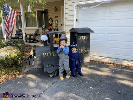 The Engineer (Xander) and The Conductor (Maddox), The Polar Express Costume