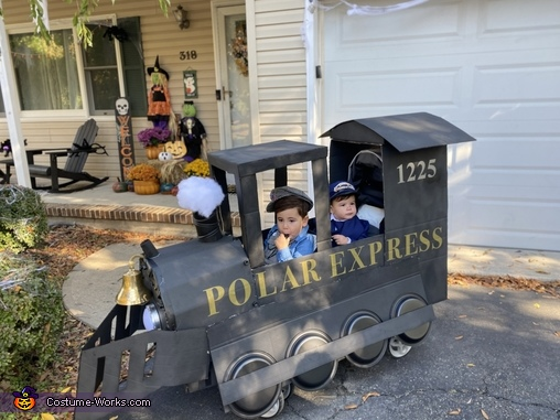 Welcome aboard the Polar Express!, The Polar Express Costume
